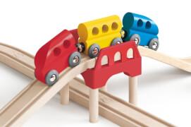 Hape Eisenbahnstrecke mit Achtersc